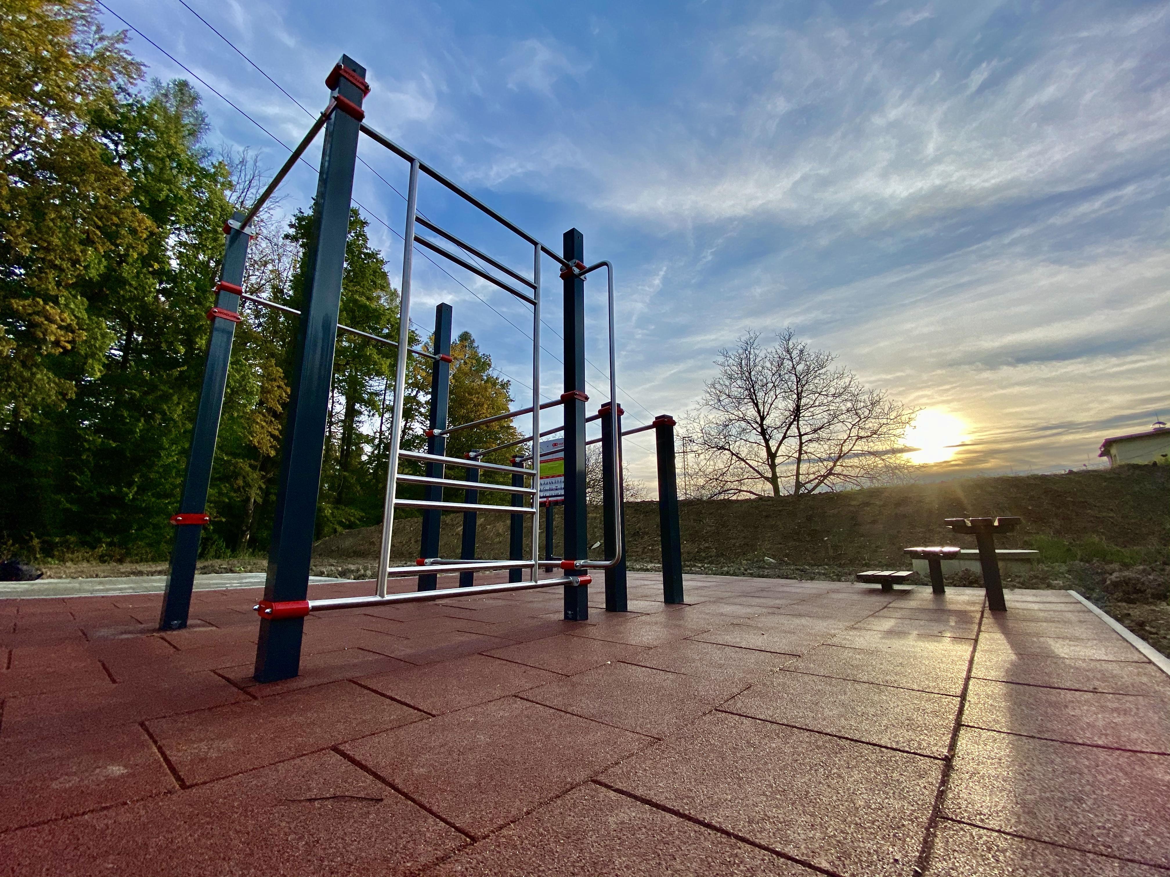 Tennis Hill